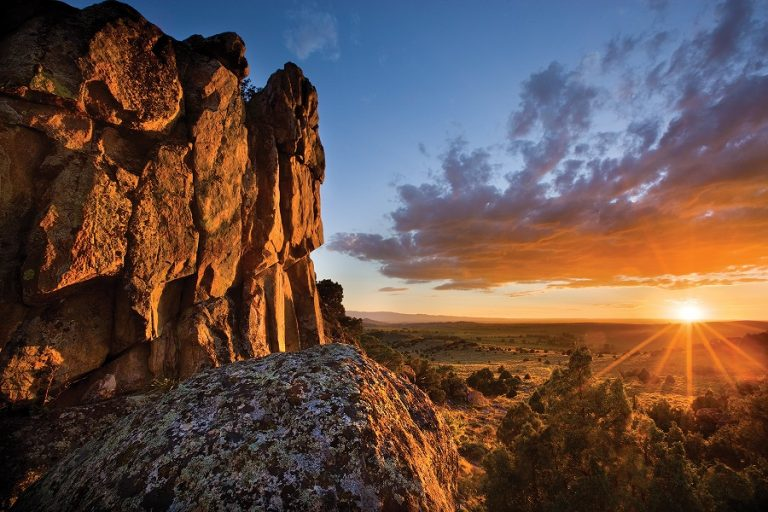 Summer / Fall Wyoming Residencies (Saratoga, WY) – Call for Artists
